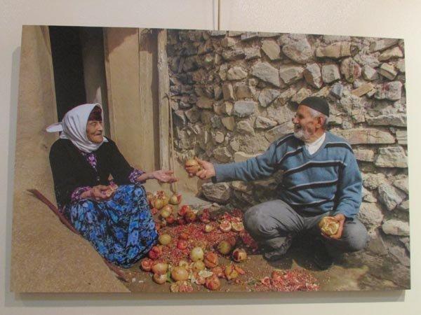 نمایشگاه عکاسی در کنج یک قاب در لاهیجان افتتاح شد