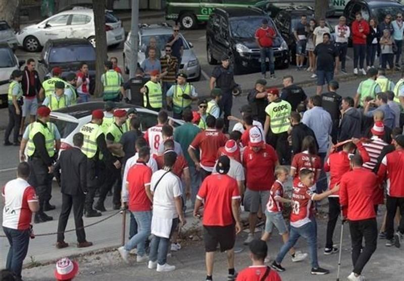 حمله طرفداران خشمگین پرتغالی به بازیکنان تیم آوِس