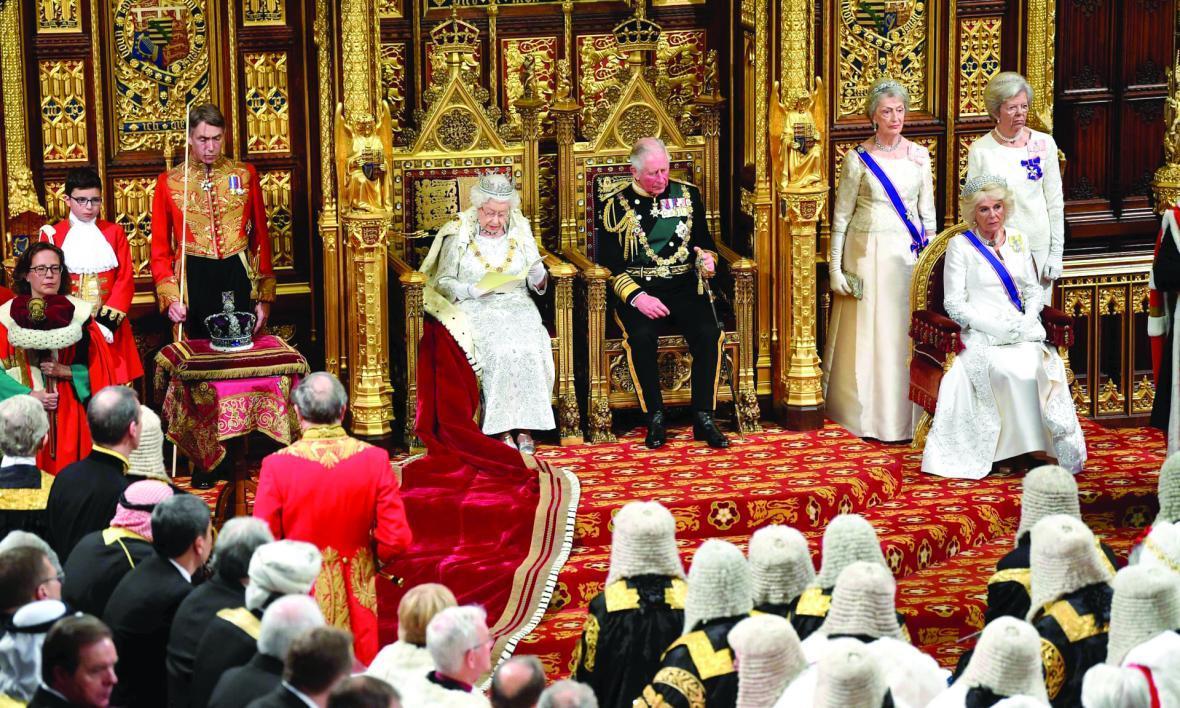 سایه برگزیت بر سخنرانی ملکه