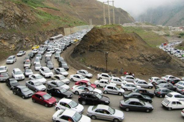 ترافیک پرحجم در محور های هراز و چالوس