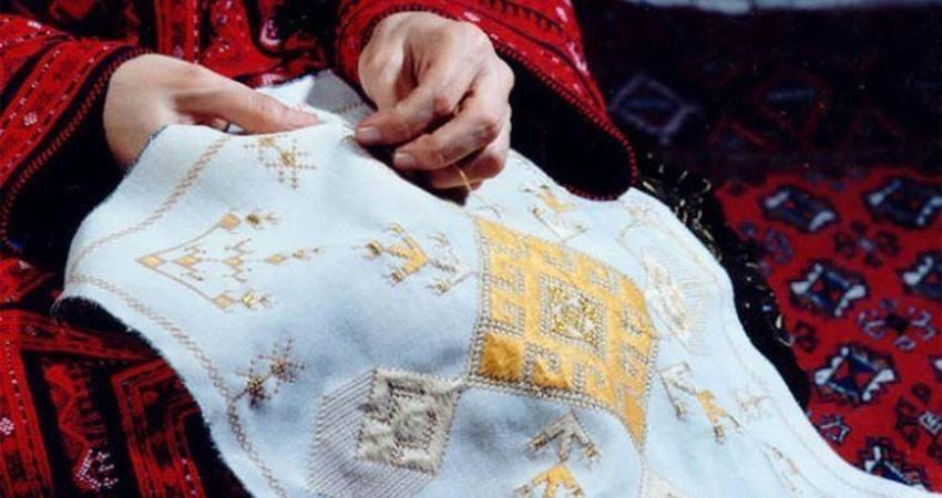 راه اندازی بانک اطلاعات هنرمندان هنرهای سنتی