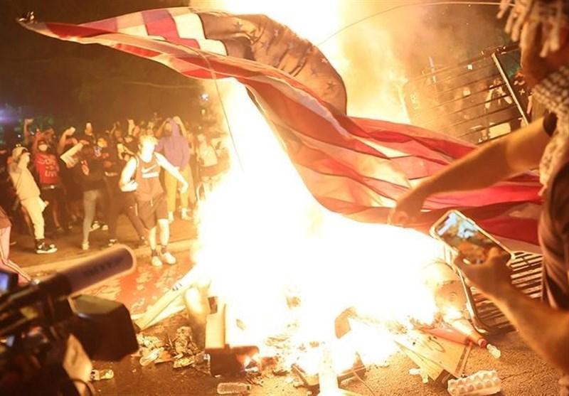 روسیه: آمریکا حق اظهارنظر درباره حقوق بشر در سایر کشورها را ندارد، چرا اتحادیه اروپا در مورد وقایع روز آمریکا ساکت است؟