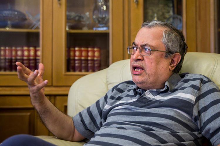 عصبانیت کیهان از حجاریان؛ شما جمهوریت را قبول ندارید