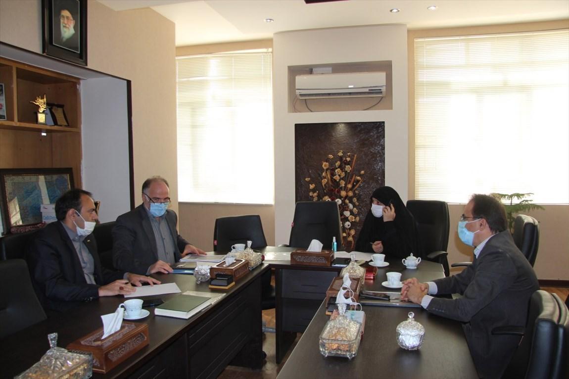 عقد تفاهم نامه با شرکت ایده سازان فرهیختگان سازمان مرکزی