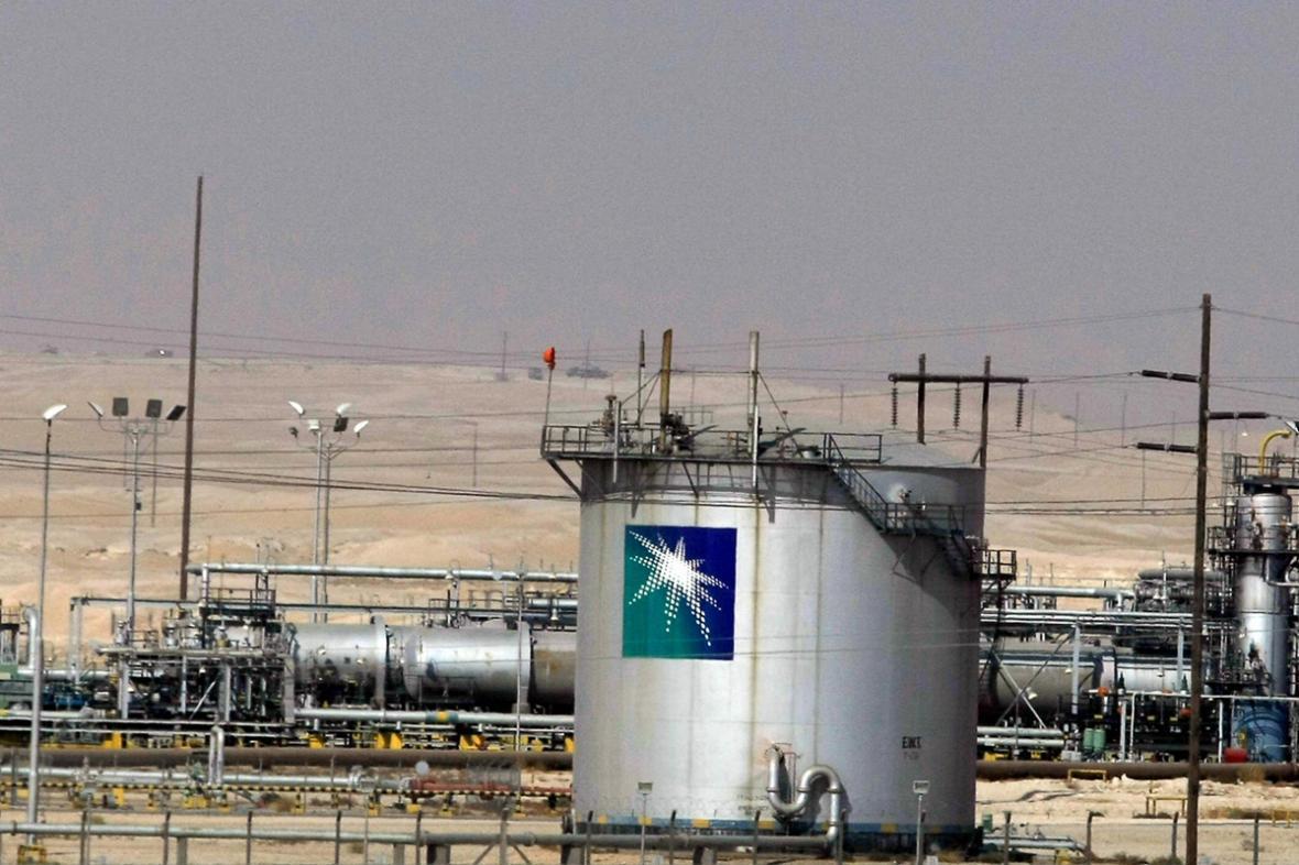 بازنگری آرامکو و سابیک در پروژه 20 میلیارد دلاری تبدیل نفت خام به مواد شیمیایی