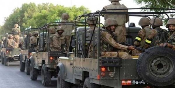 استمداد عمران خان از ارتش برای مقابله با شیوع کرونا