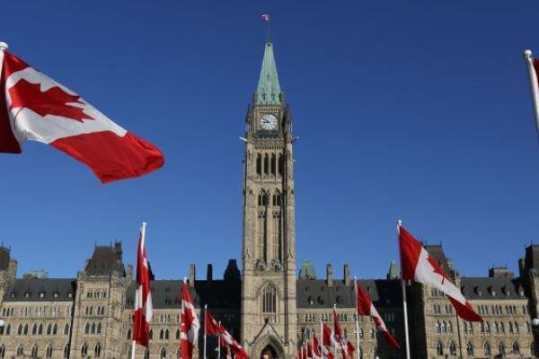 تور کانادا: کانادایی ها خواهان لغو مراسم روز ملی این کشور شدند