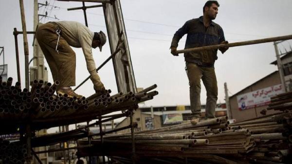 80 درصد کارگران رغبتی به تشکل یابی ندارند، تشکل های کارگری مستقیما به وسیله دولت مهره چینی می شوند